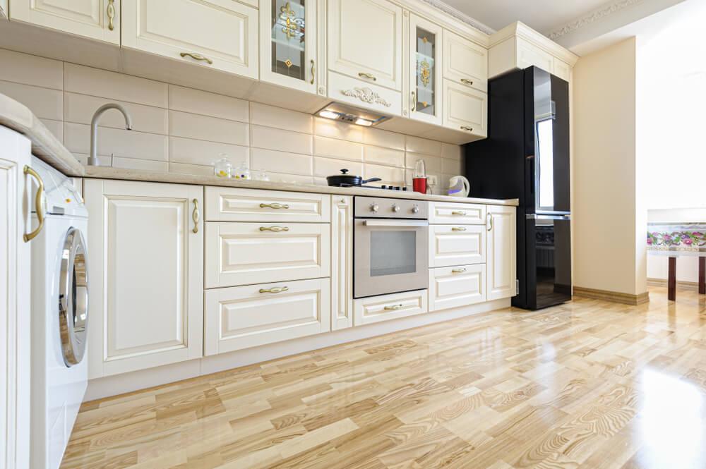 Laminátová podlaha do kuchyne Bratislava